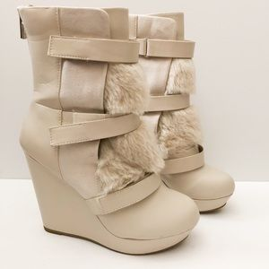 Juicy Couture brand heeled boots off white